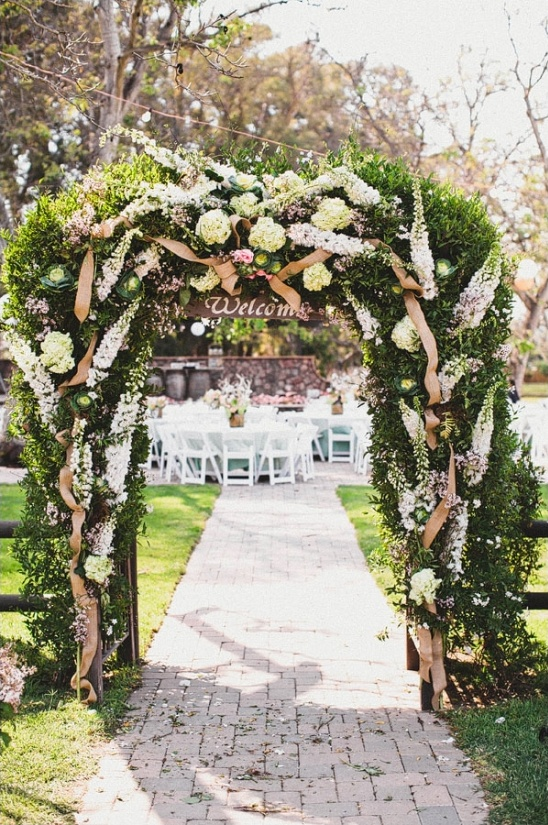 welcome wedding arch
