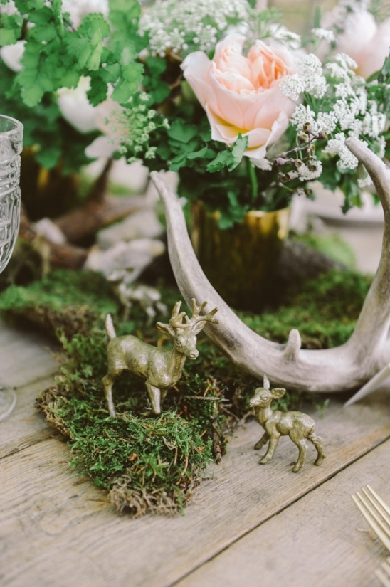 deer and floral centerpieces