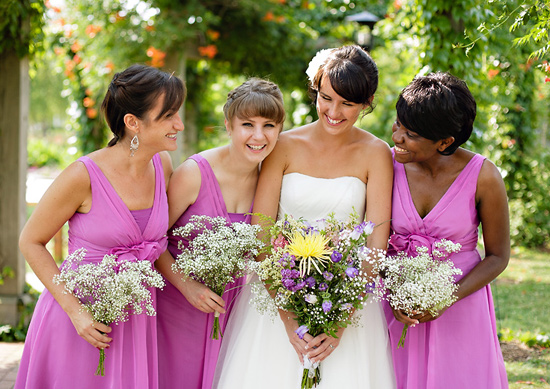 007-bridesmaid-babys-breath-bouquet-photo