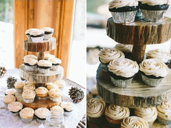 wedding cupcakes by Blue Moon Bakery