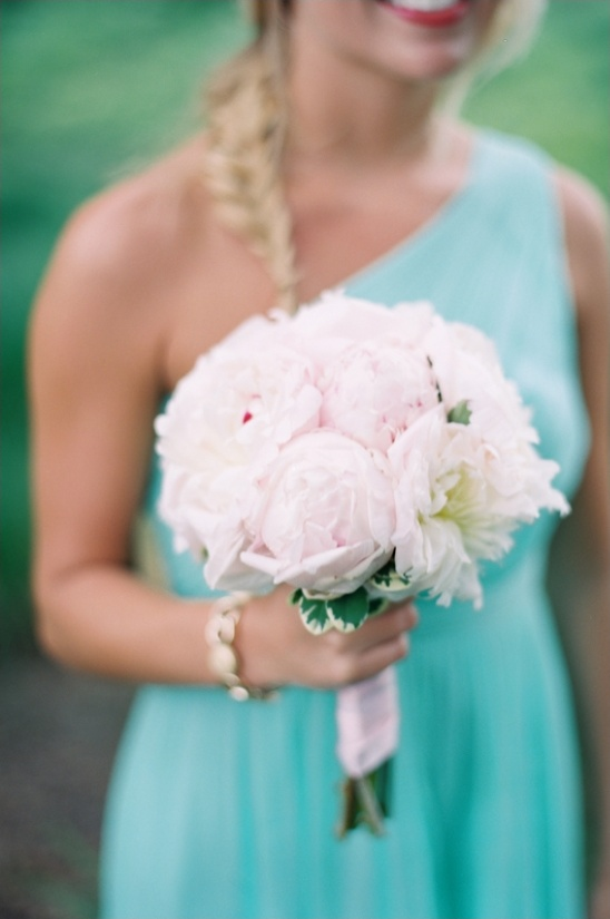 light pink bridesmaid bouquet