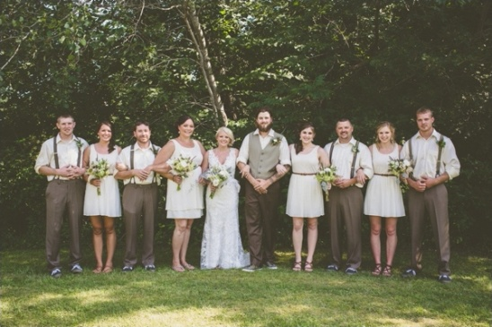 rustic country wedding party looks