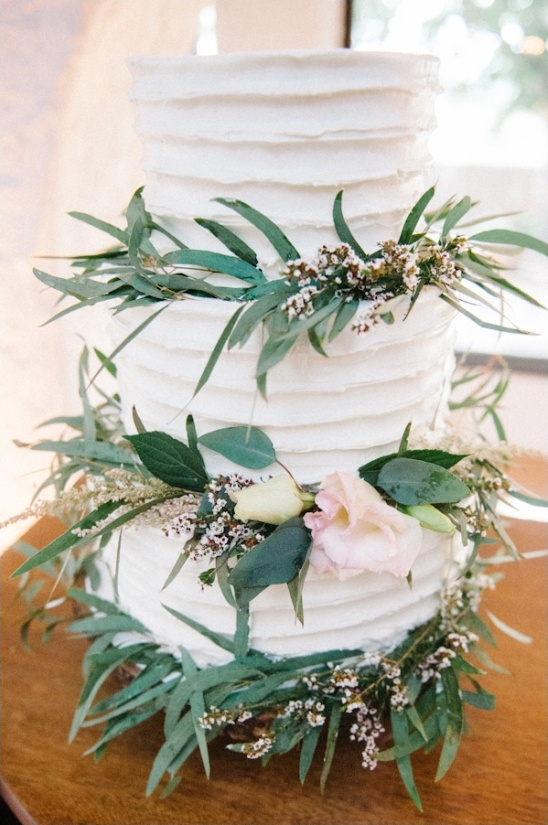 white buttercream wedding cake by leaf & crumb