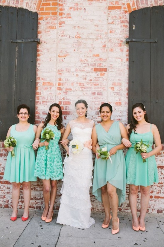 mint bridesmaid with peach shoes