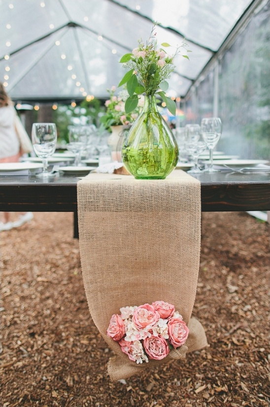burlap table runner with flower bouquet