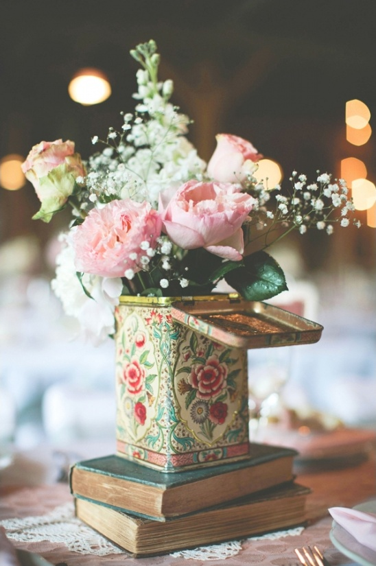 vintage centerpiece ideas
