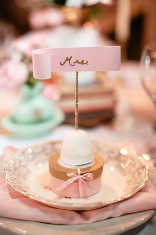 marshmallow escort cards