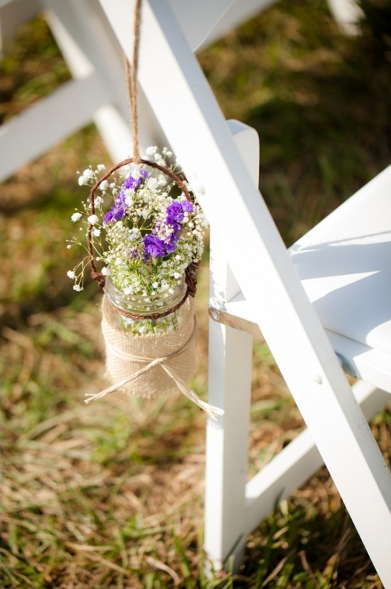 mason jar and burlap floral aisle decor