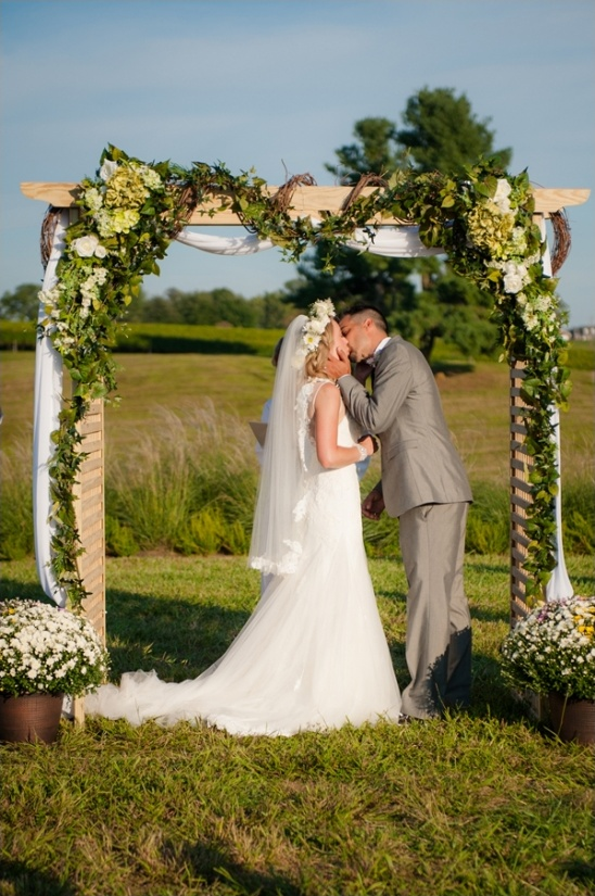 garden trellis as wedding ceremony arch