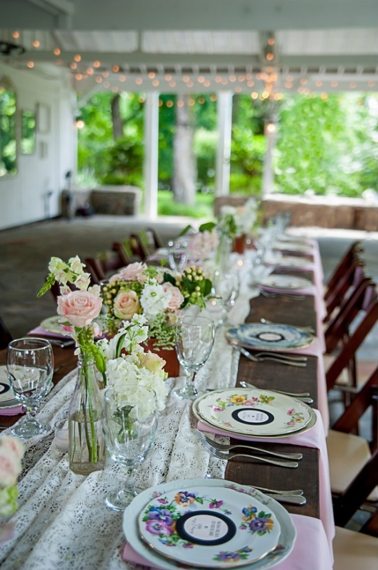 Shabby chic music themed wedding at cedarwood vintage wedding tablescape ideas junglespirit Image collections