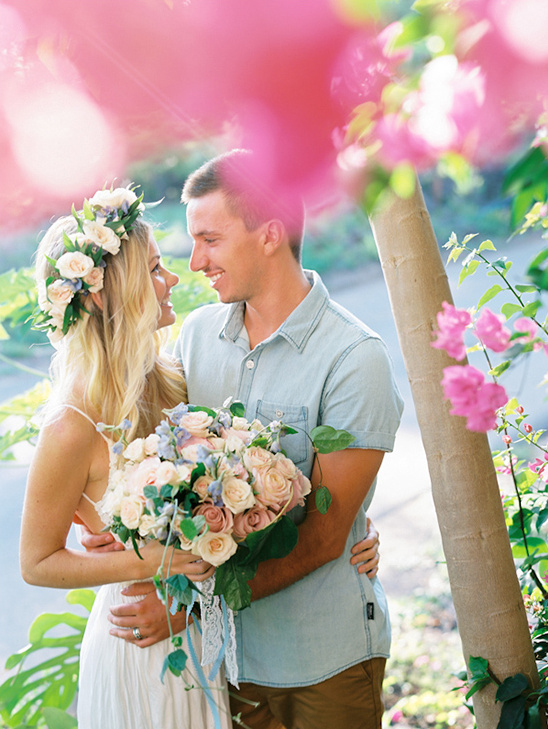 Blog hawaiian engagement for Honolulu wedding dress rental
