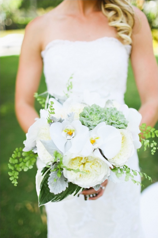 white and succulent wedding bouquet by the vine's leaf