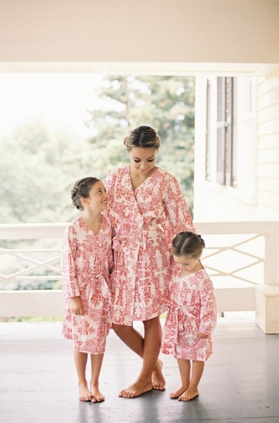elisabricker plum pretty sugar bridesmaid robes
