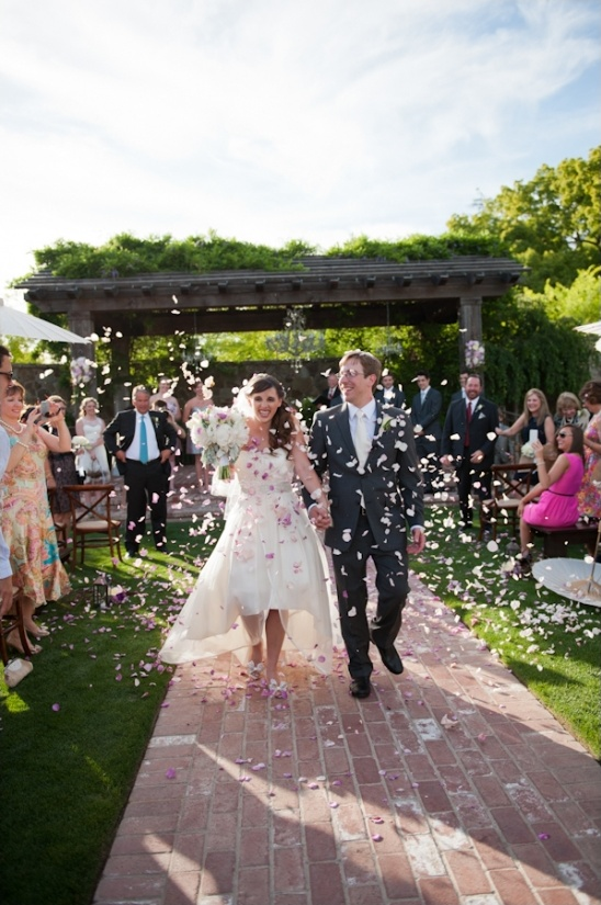throw rose petals after ceremony