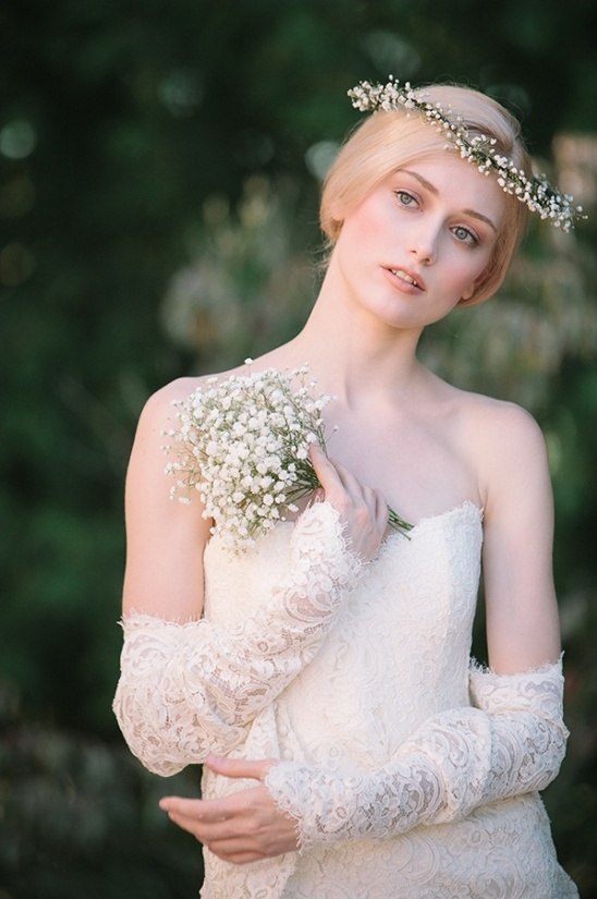 baby\'s breath crown and bouquet