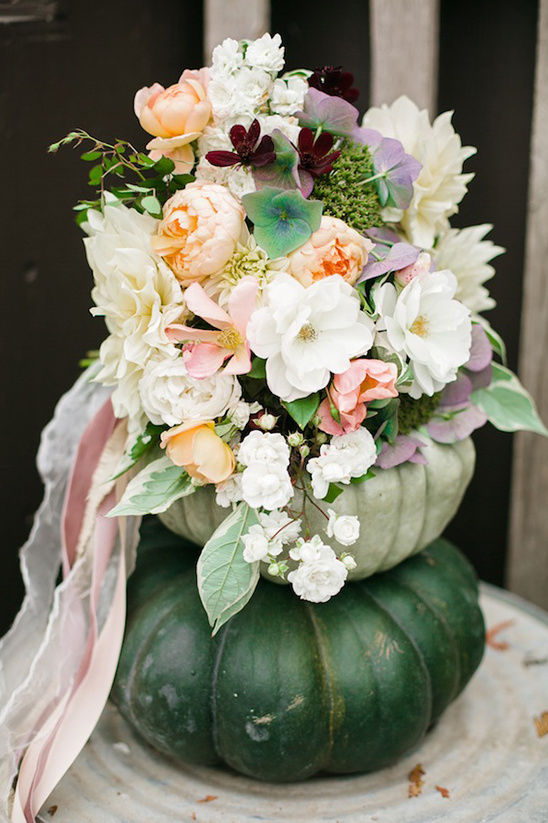 fall wedding bouquet designed by Finch & Thistle Event Design