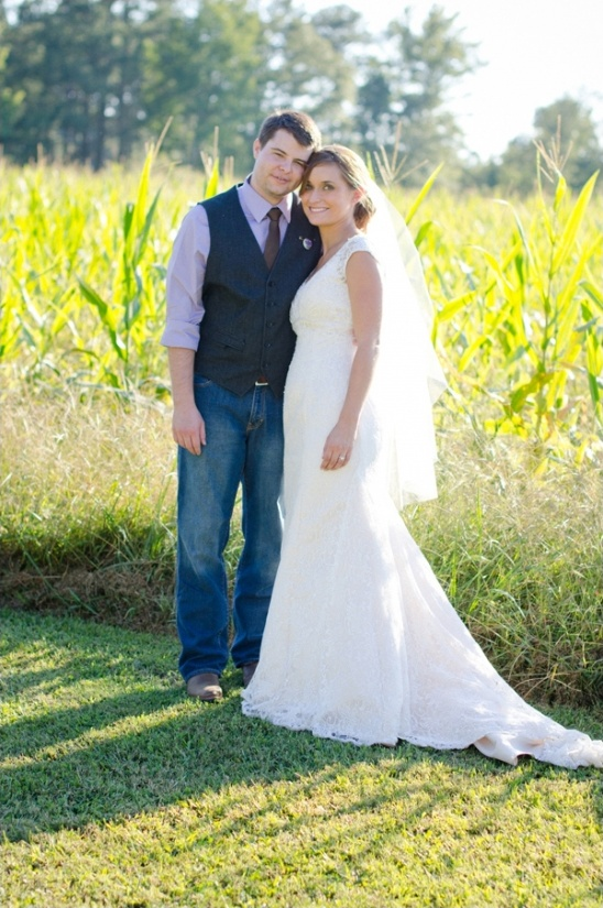 rustic outdoor wedding attire