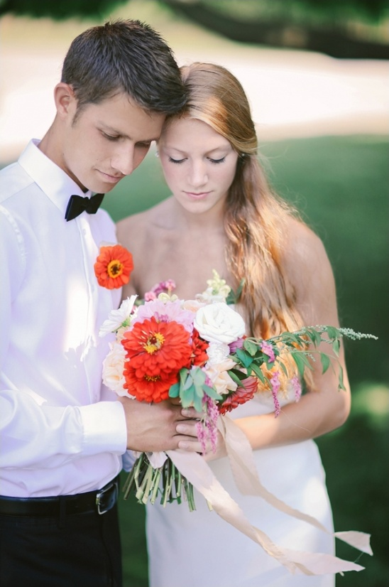 simple and colorful wedding ideas
