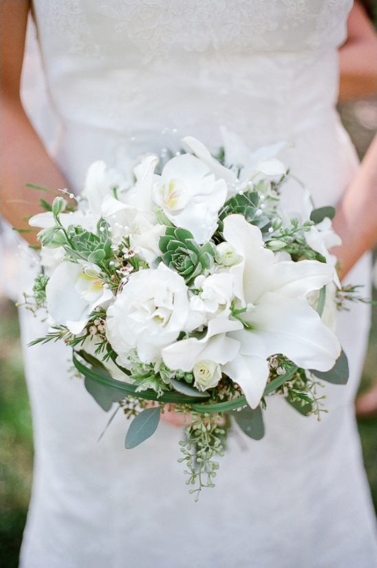 white bridal bouquet by dawn's creations