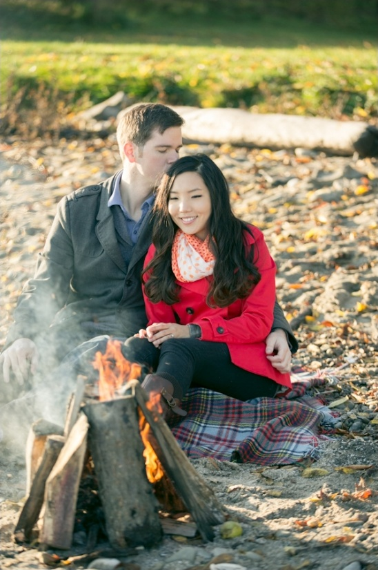 fall beach engagment session ideas