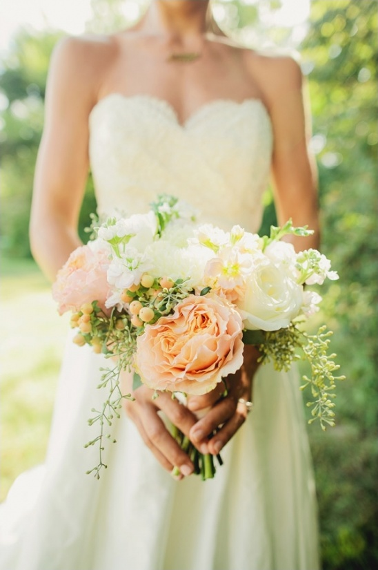 peach and white bouquet by LMA Designs