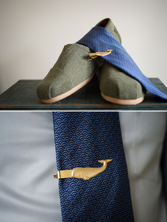 awesome gold whale tie pin