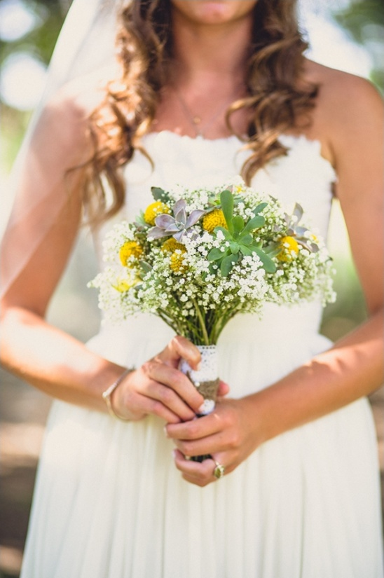 white yellow and succulant bouquet