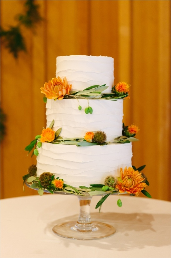 simple white wedding layers cake