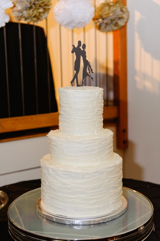 3-tier wedding cake by cake-a-licious