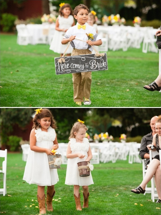 chic rustic here comes the bride sign
