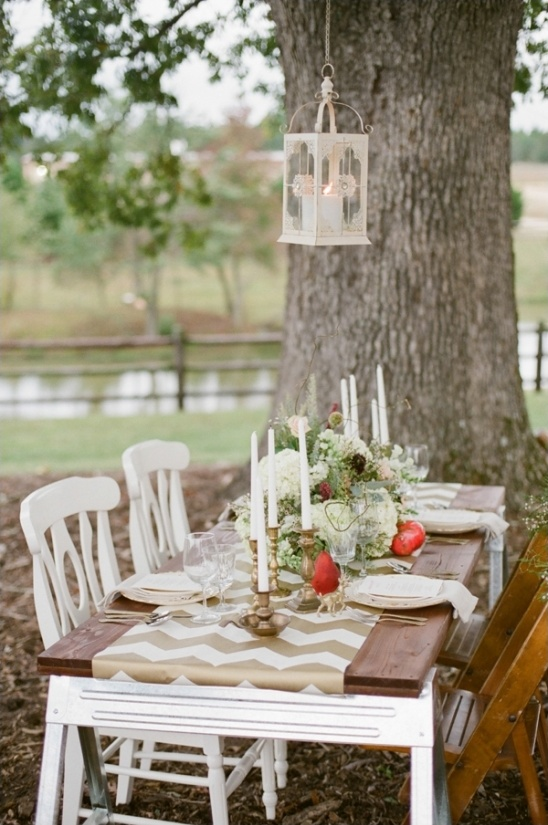 eclectic gold and white table decor