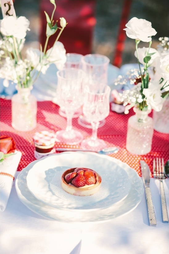 Red And White Wedding Ideas
