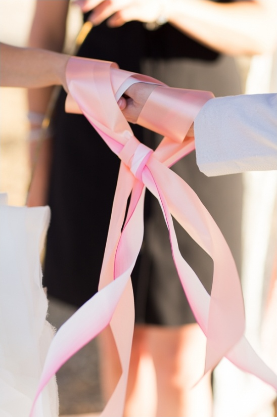 tying the knot wedding ceremony
