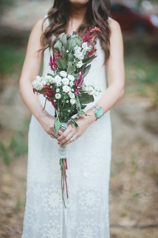 red and white wildflower bouquet