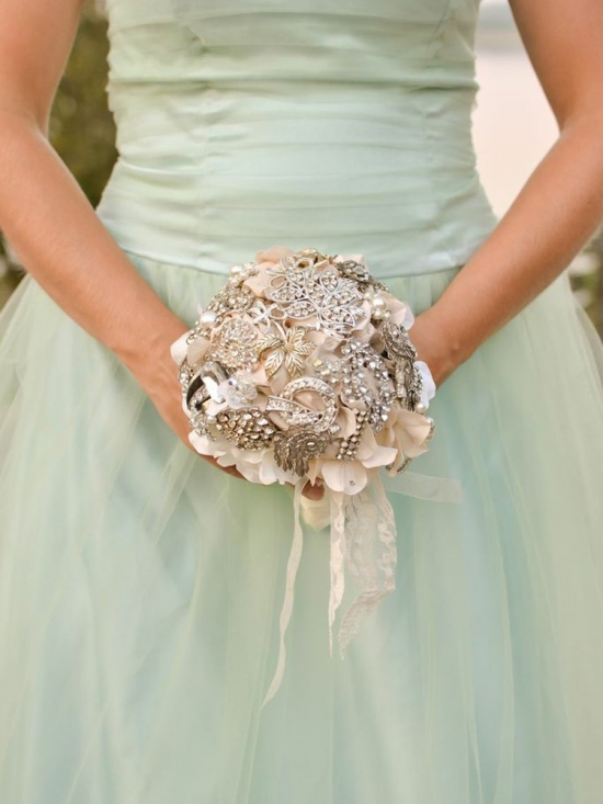 J Arends Designs Brooch Bouquets
