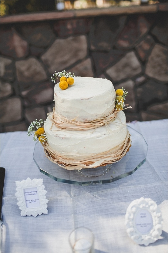 simple and sweet wedding cake