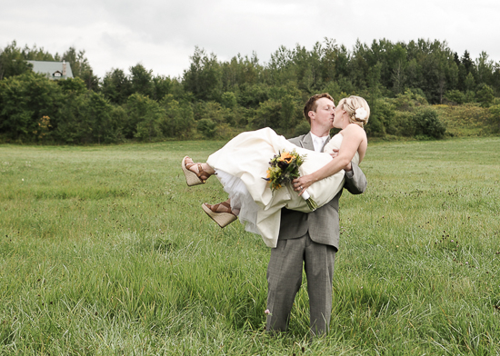Canadian Country Wedding!
