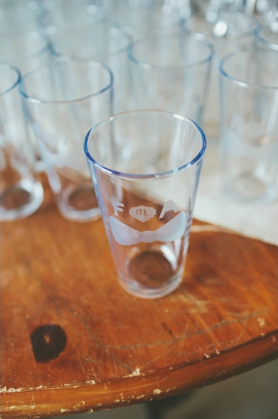 custom beer glass wedding favors