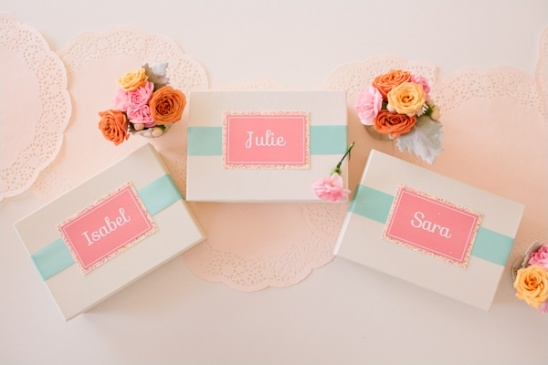 mint and pink bridesmaid boxes