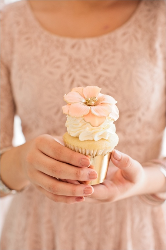 gold and pink cupcake