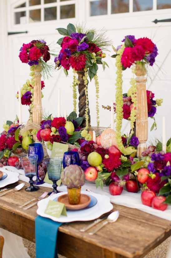 floral centerpieces on pillars