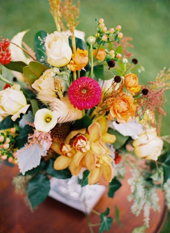 vibrant wedding florals