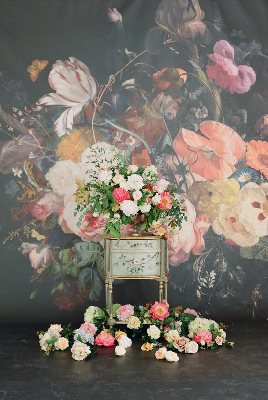 romantic florals captured by Elizabeth Messina