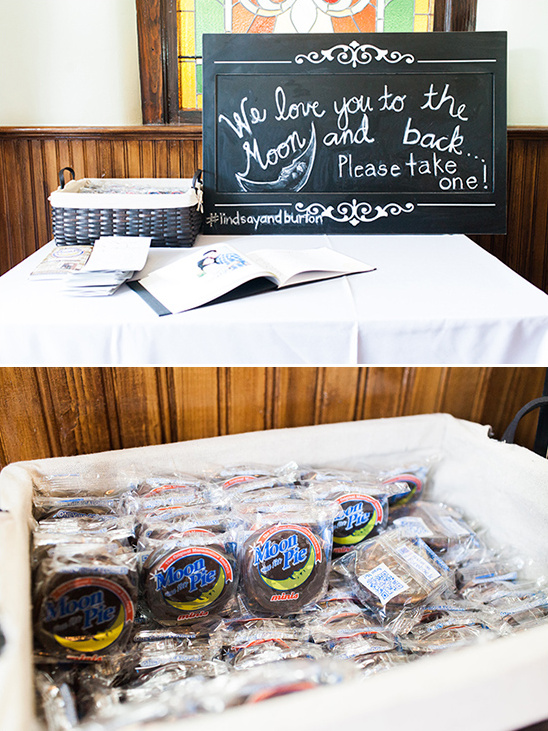 we love you to the moon and back moon pie wedding favors