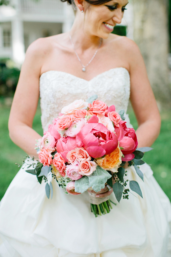 perfectly pink bridal bouquet