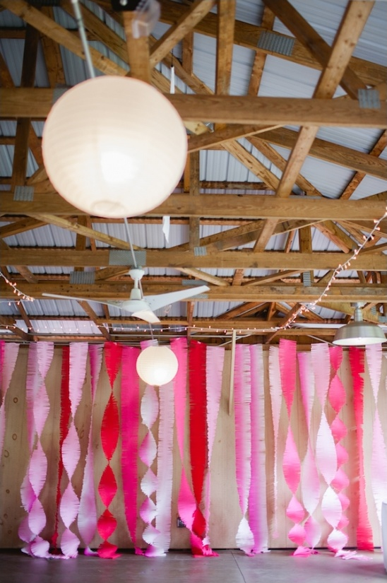 hot pink fringe streamers for wedding decor
