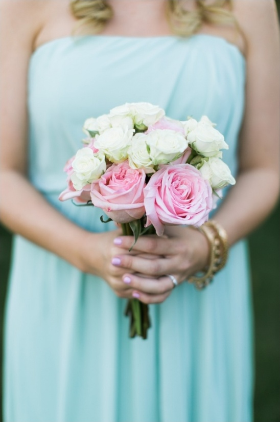 pink an white rose bouquet