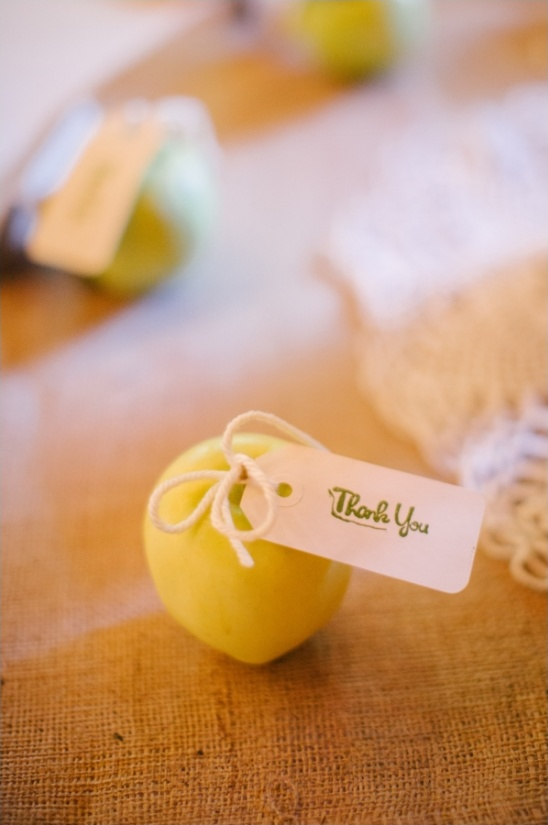 simple apple wedding favor