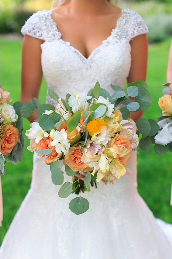 peach and yellow bridal bouquet