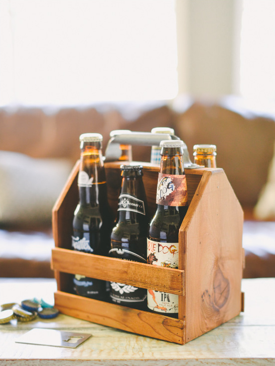 Wooden Six Pack Beer Holder from themanregistry.com